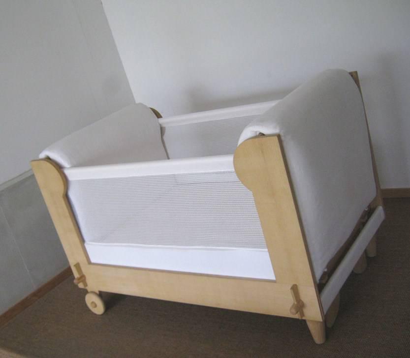 lit b b leo galli lit simple wiegen stubenwagen. Black Bedroom Furniture Sets. Home Design Ideas